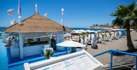 Sand and Sea - le-club-cortar-carta.jpg