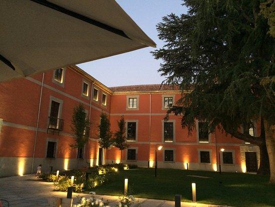 Palacio de Sofraga - TIENDAS JAFEP AVILA.jpg