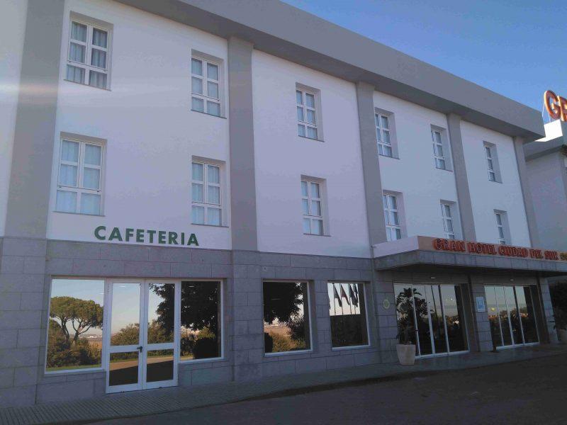 gran-hotel-ciudad-del-sur-cafeteria